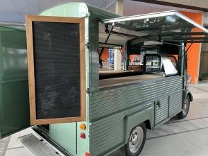 , Onze coffeetruck op Kijkduin, de laatste loodjes! Wij zijn geopend vanaf 23 maart: